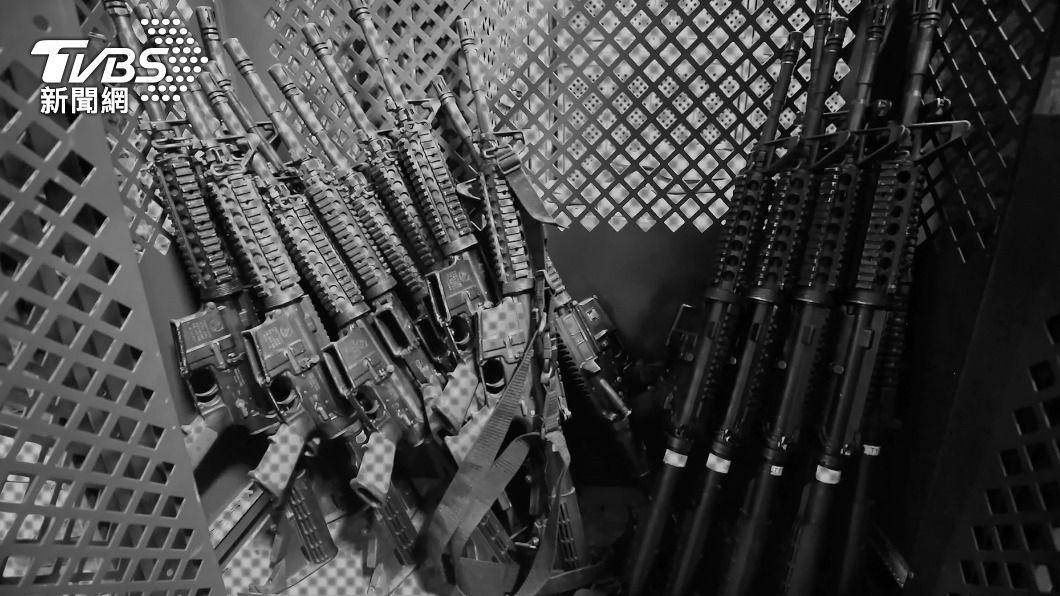 美聯社日前爆出軍方隱瞞槍枝遺失事件。(圖/達志影像美聯社) 扯!美國槍擊案兇器來自軍方 美軍竟不知AK-74遭竊