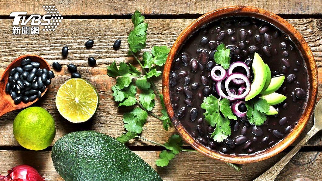 黑豆減肥法深受日韓民眾喜愛。(示意圖/shutterstock達志影像) 二週速瘦3.5公斤 日韓「黑豆減肥法」一次看