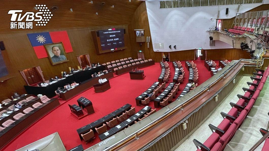圖為立法院議場。(圖/中央社) 立院開始處理紓困4.0預算拚三讀 將上演表決大戰