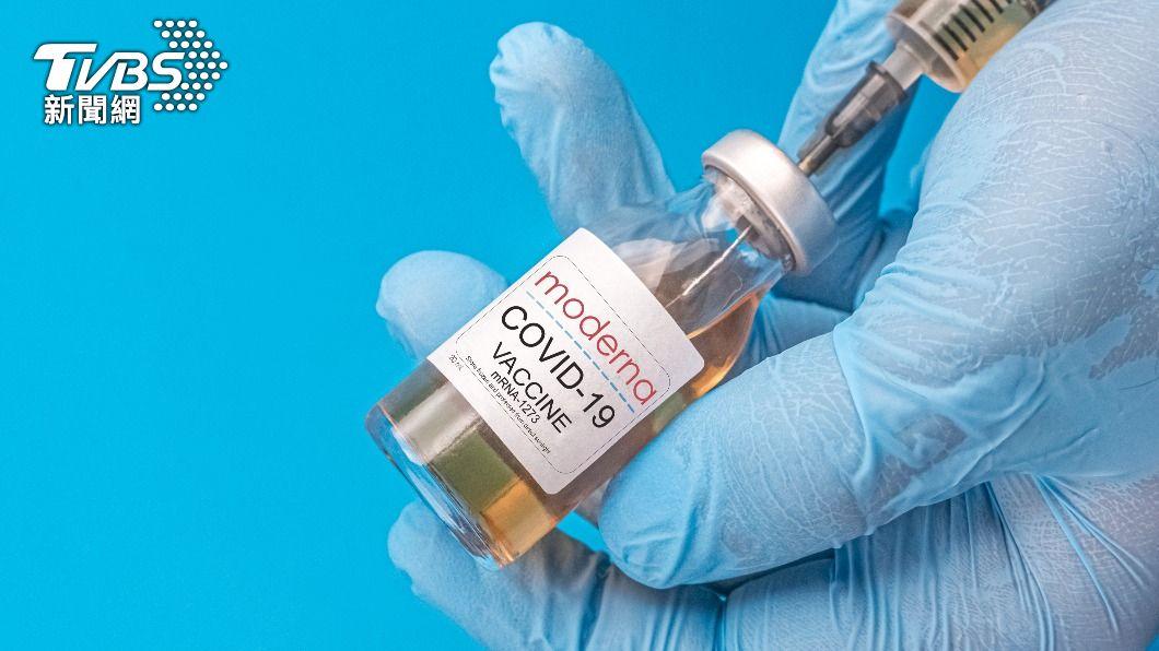 傳將有莫德納疫苗在明天接連抵台。(示意圖/shutterstock達志影像) 傳莫德納疫苗再接連抵台 陳時中回應了