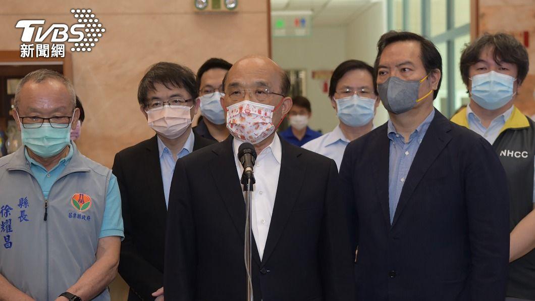 行政院長蘇貞昌受訪表示疫苗運送有相關作業與時間,很快就會給大家好消息。(圖/中央社) 傳美捐贈疫苗20日到 蘇貞昌:很快就有好消息