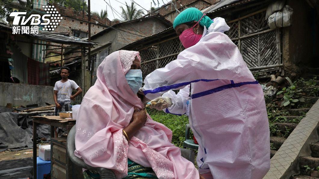 印度總理莫迪宣布,免費替成人施打新冠疫苗。(圖/達志影像路透社) 全球新冠病歿逾386萬人 印度開放成人免費接種疫苗