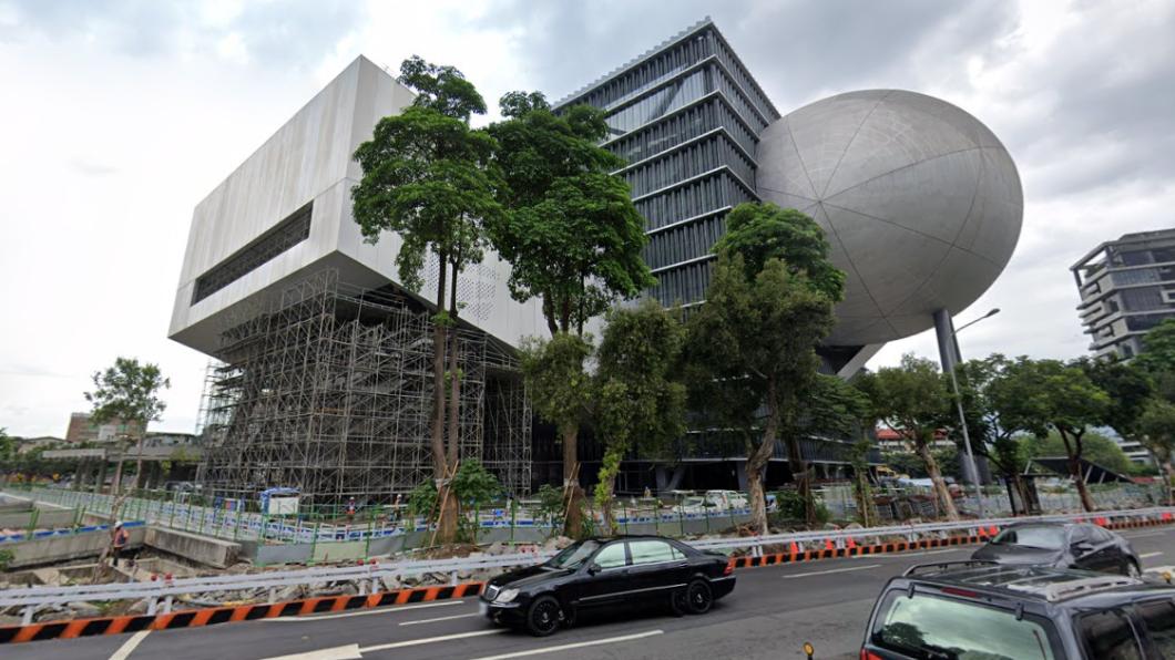 台北表演藝術中心。(圖/翻攝自Google Map) 北藝中心40人確診!議員轟柯蓋牌 揭「群聚爆發經過」
