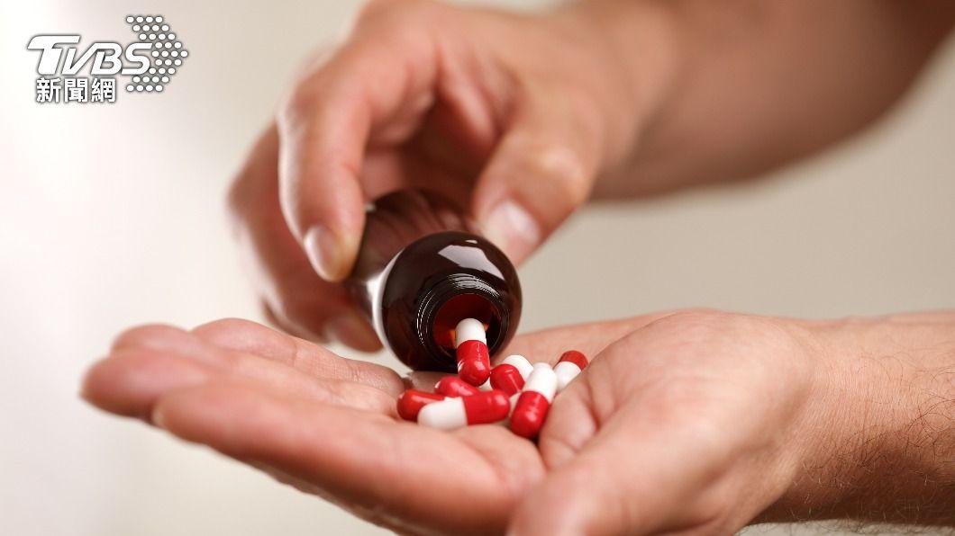 用藥一定要遵照醫師指示。(示意圖/shutterstock達志影像) 別嫌麻煩亂改藥劑量!醫師授「3步驟」輕鬆將藥品剝半