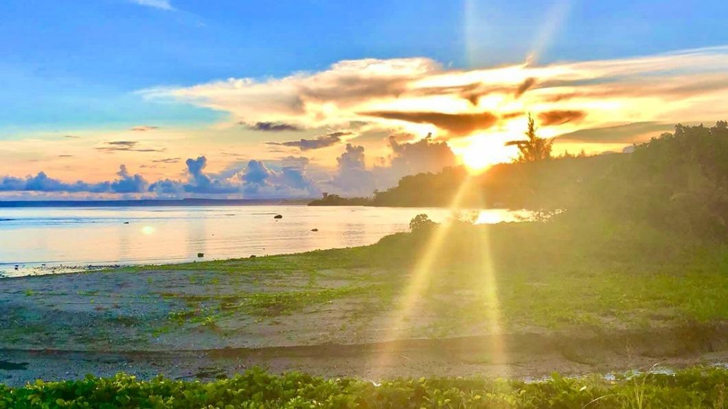 威剛科技將包機送員工至關島打疫苗。(圖/翻攝自Visit Guam 關島觀光局臉書) 羨慕!威剛包機送員工赴關島打疫苗 每人補助10萬