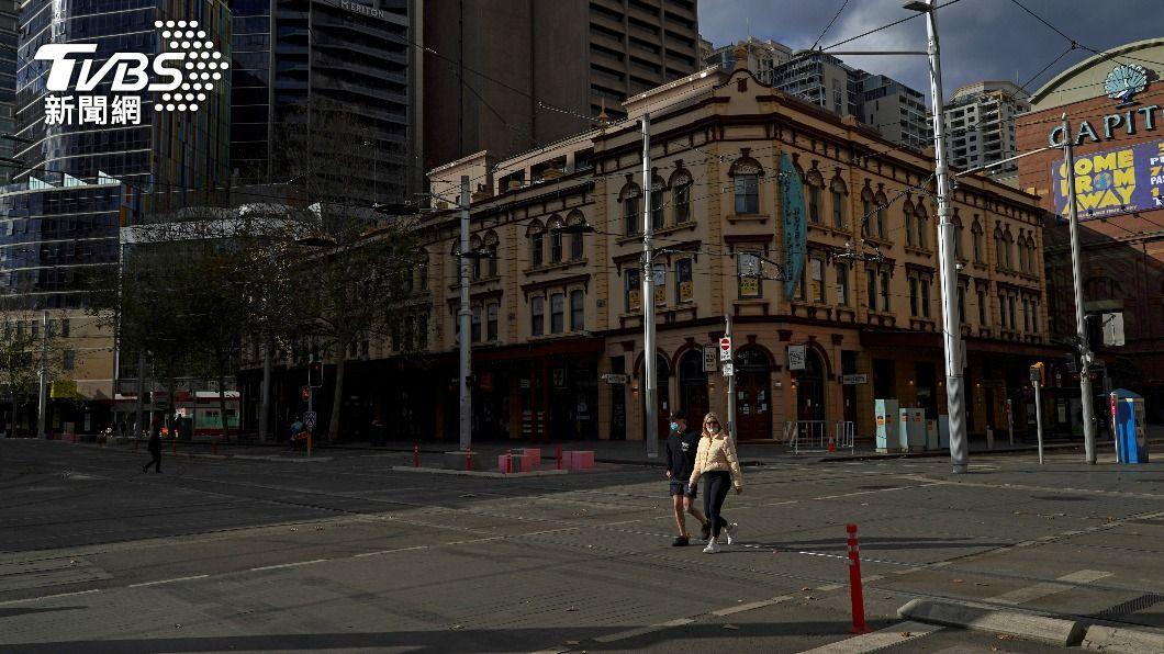 為控制變種病毒傳播,澳洲雪梨26日開始封城2週。(圖/達志影像路透社) 澳洲Delta變異株已逾80例 紐澳入境泡泡暫停