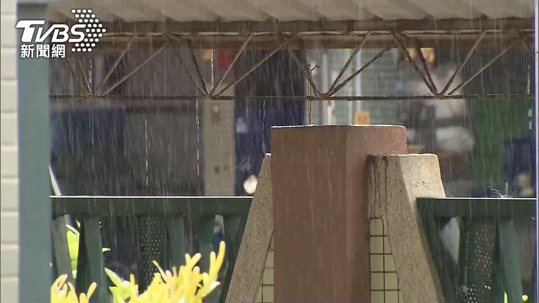 (圖/TVBS) 颱風烟花逼近!北北桃6縣市防豪雨 台中3縣市防大雨