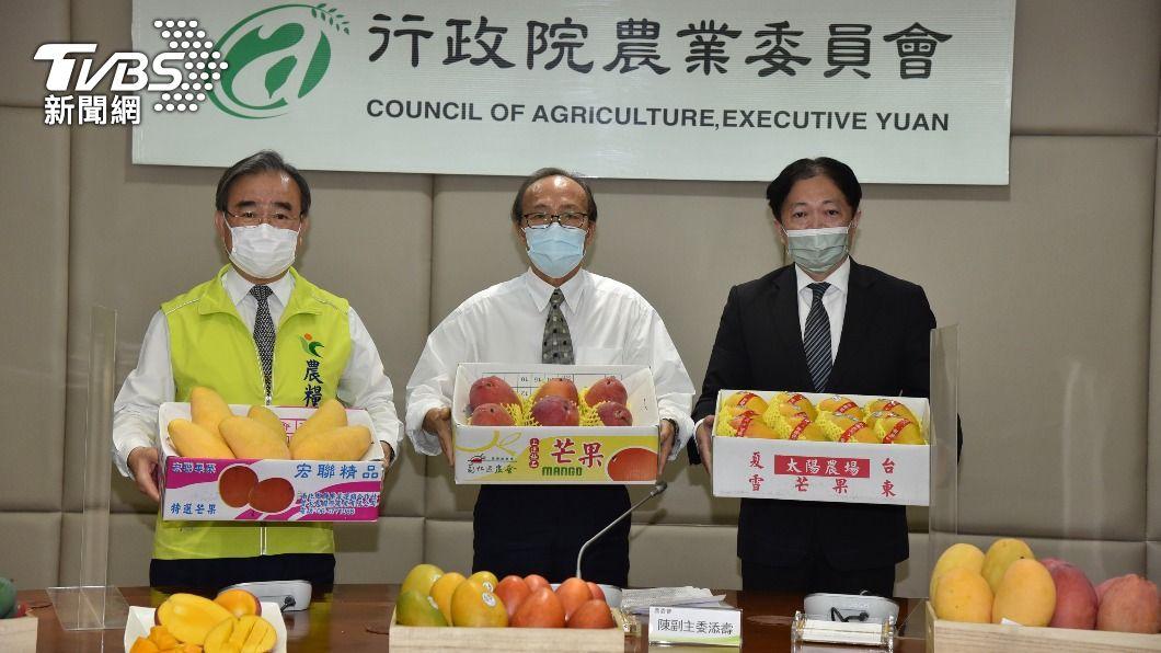 (圖/中央社) 農委會駁斥水果傳病毒謠言 農產嘉年華促銷救芒果