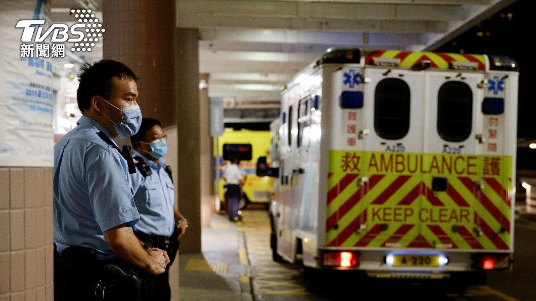 香港七一刺警事件。(圖/達志影像路透社) 港七一刺警事件 維他奶:「不幸逝世」通告非官方發布