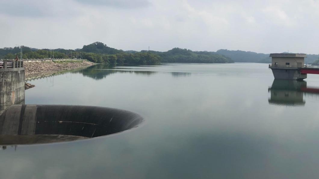 新竹寶二水庫今日上午達到滿水位。(圖/北水局提供) 睽違378天!寶二水庫滿出來了 30天由空到滿藏隱憂