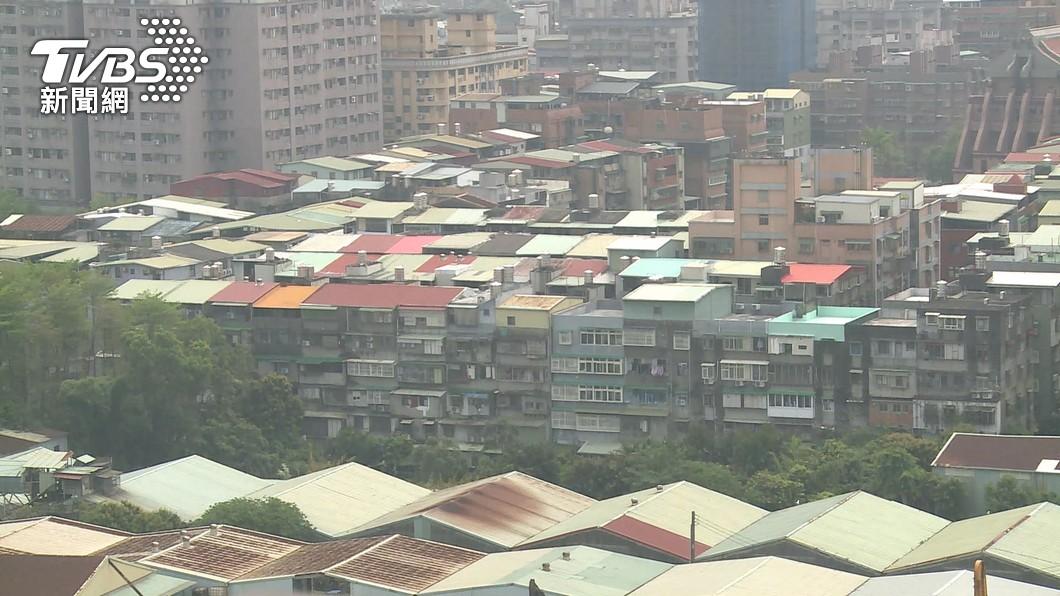 內政部持續滾動檢討,如何讓民間住宅資源參與到社宅體系。(圖/TVBS) 居住正義第3條路 花敬群:鎖定旅館轉為社宅