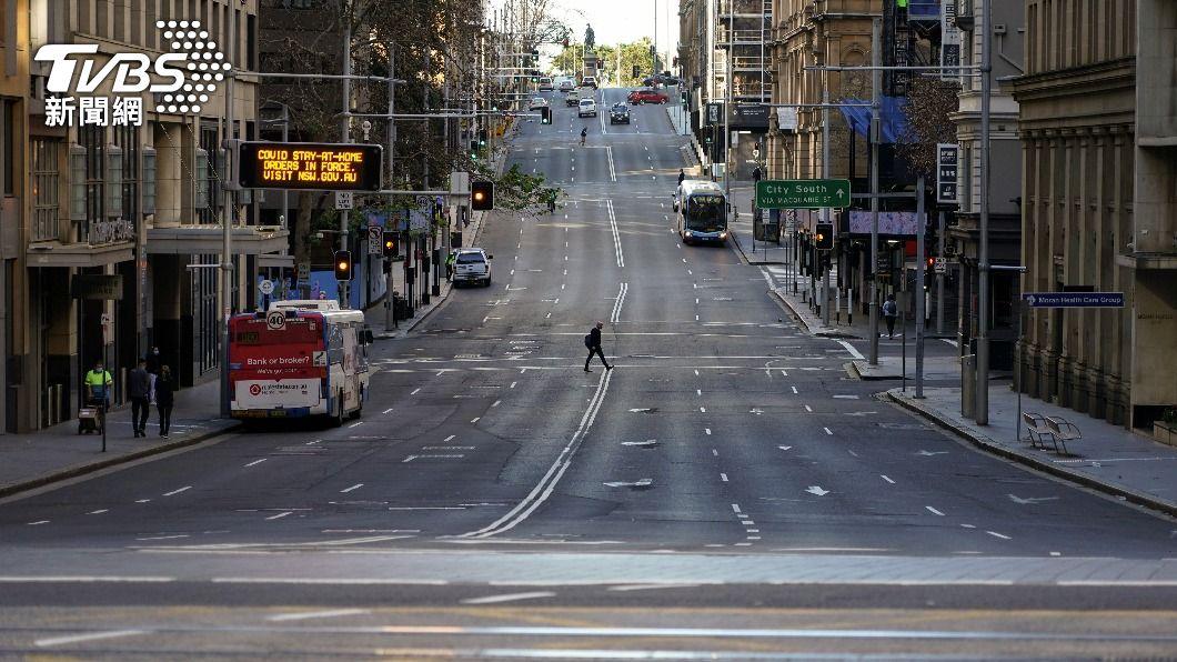 雪梨及周邊地區已連續封城3週,且恐怕仍會再延長。(圖/達志影像路透社) 澳洲出現今年首起新冠死亡個案 雪梨封城令恐再延長