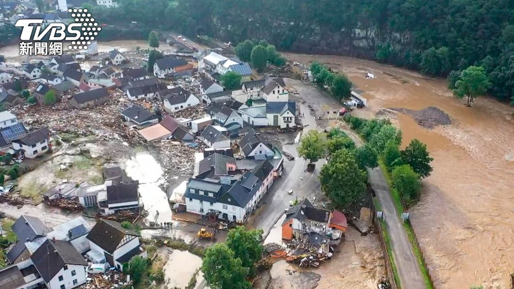 德國因暴雨致災。(圖/達志影像美聯社) 暴雨洪水襲捲西歐 德國、比利時至少68死數十人失蹤