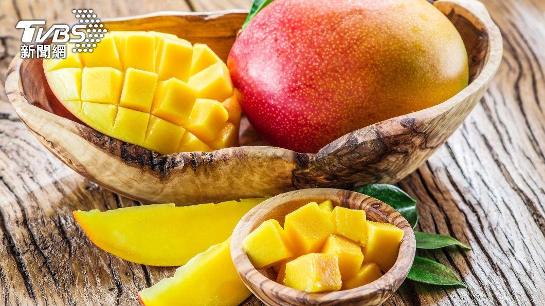 芒果為夏季盛產水果。(示意圖/shutterstock達志影像) 芒果有毒吃了皮膚癢?醫揭2成分惹禍「這樣做」避免