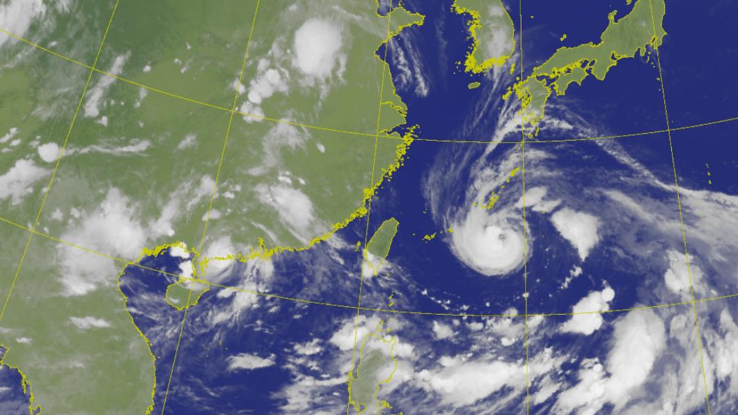 查帕卡昨(20)日晚間在廣東省沿海地區登陸。(圖/翻攝自中央氣象局) 查帕卡侵襲廣東陽江 成今年首個登陸中國大陸颱風