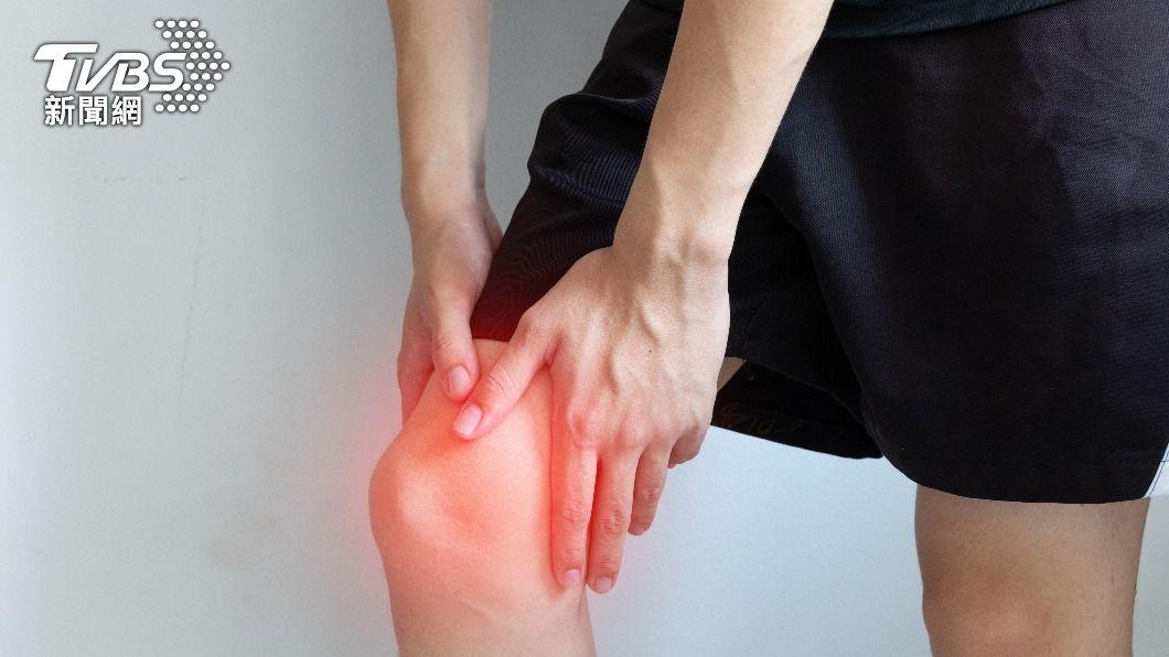 膝蓋軟骨破壞了,再多保養品都補不回來。(示意圖/shutterstock 達志影像) 保護關節輕鬆做!復健科醫師:學會這3招膝蓋再用20年