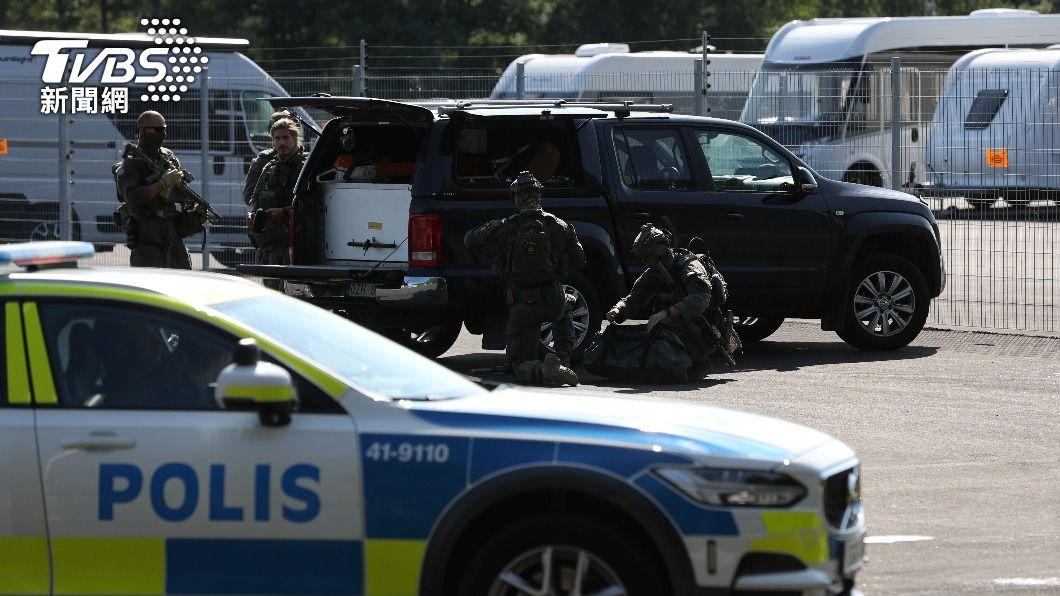 (圖/達志影像路透社) 瑞典2名囚犯挾持守衛 勒贖20個披薩和直升機