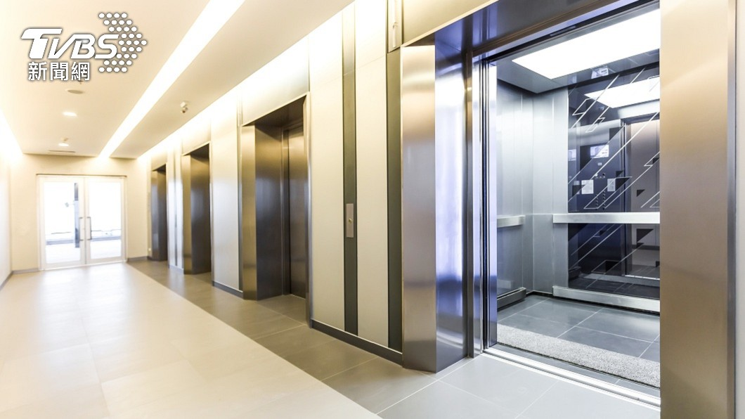 [新聞] 電梯三房只要4位數!網秒掏1萬6「一整排