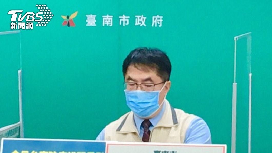 台南市長黃偉哲。(圖/中央社) 疫情警戒降為二級 黃偉哲:生活仍有衝擊要忍耐