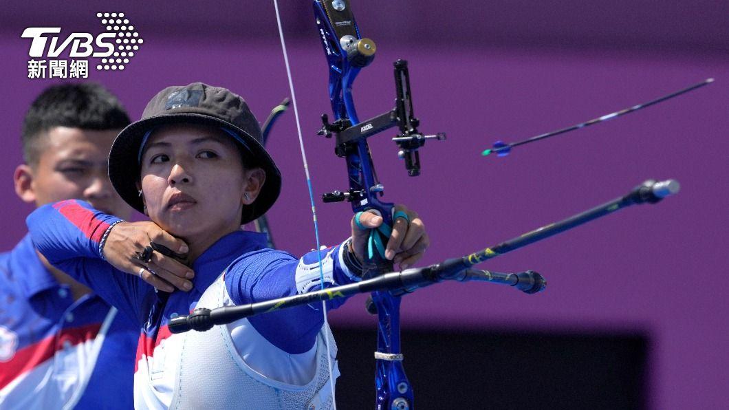 上屆里約奧運為台灣奪銅的中華女子射箭隊,本屆無緣8強。(圖/達志影像美聯社) 大爆冷門!上屆奧運拿銅牌 中華女子射箭隊16強出局