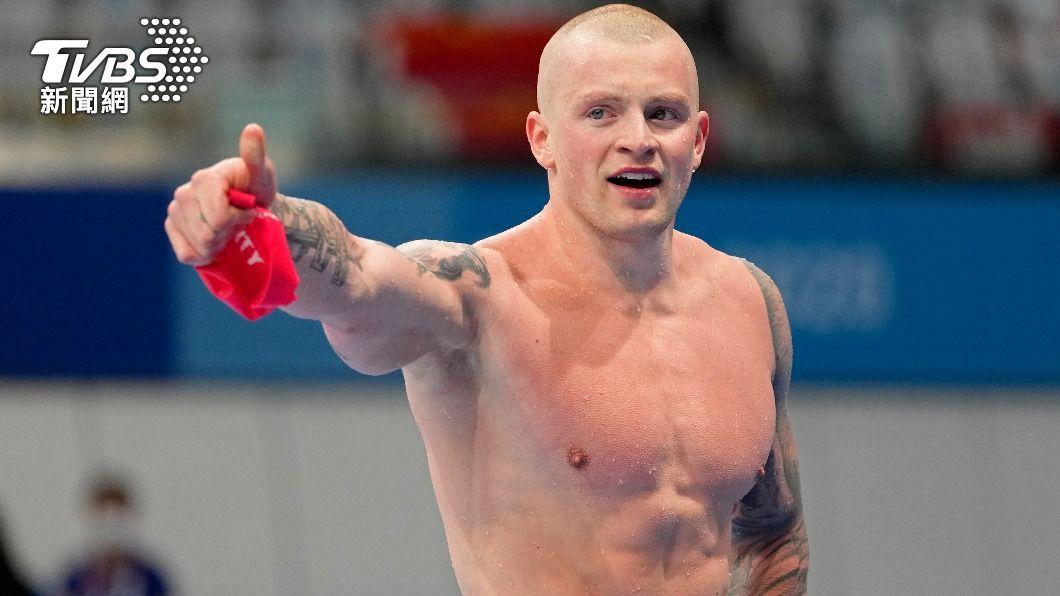 英國「蛙王」比提成功衛冕男子100公尺蛙式金牌。(圖/達志影像美聯社) 英國「蛙王」比提衛冕金牌太興奮 受訪爆粗口急道歉