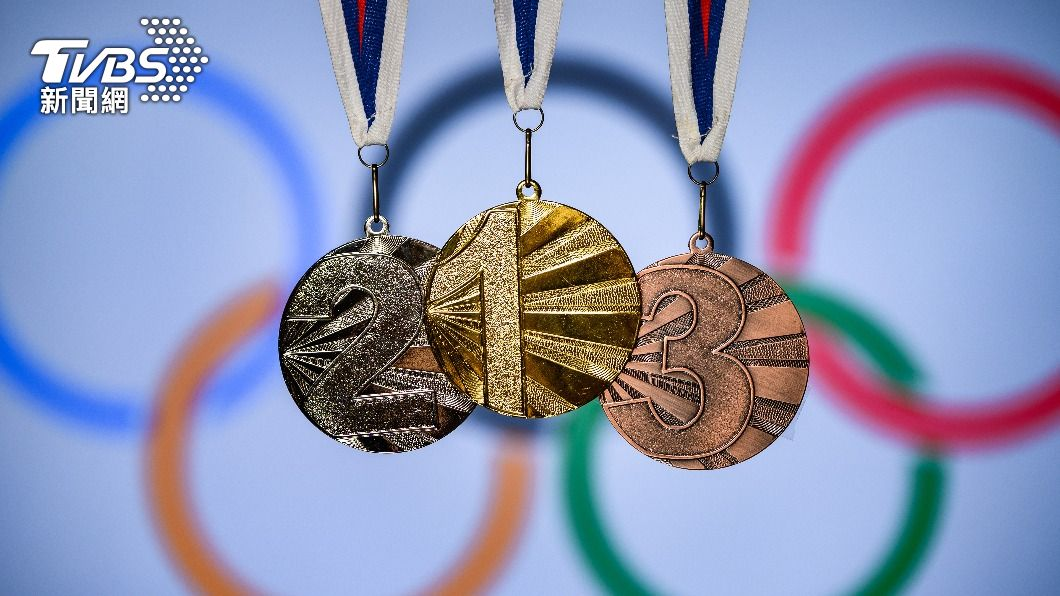 擔任奧運的掌旗官,對運動員來說絕對是莫大的殊榮。(示意圖/shutterstock達志影像) 眾多選手扛不起?東奧開幕式「掌旗官」最不可或缺一職