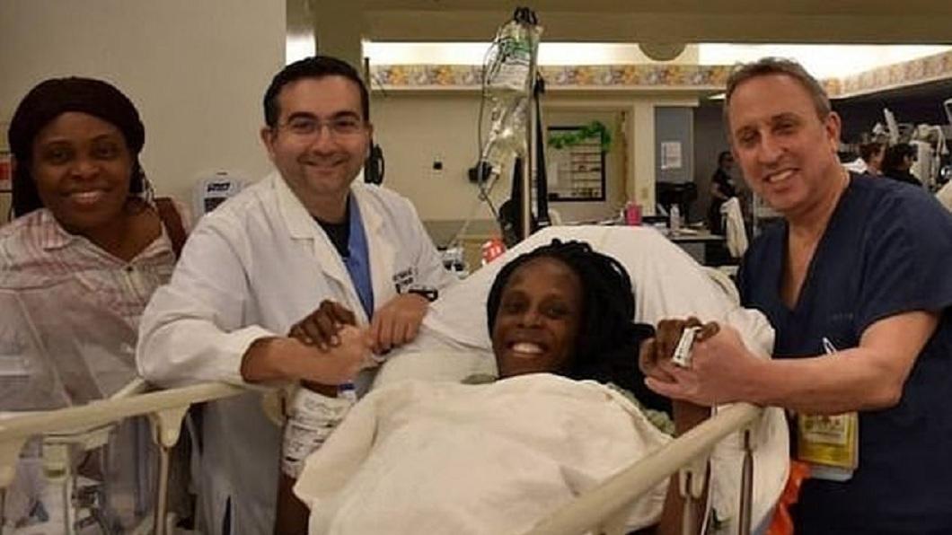 馬利共和國一名婦人在5月產下9胞胎。(圖/翻攝自推特 Myths or Facts) 25歲產下「9胞胎」日用百片尿布 2個月燒4千萬