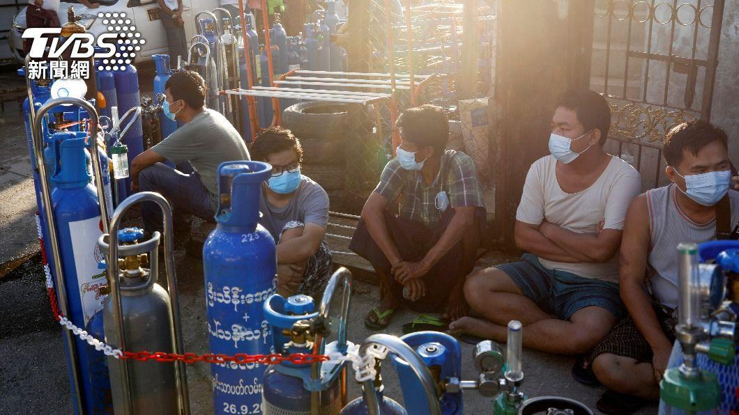 圖/達志影像路透社 英國示警:緬甸疫情告急 兩週內半數人口恐染疫
