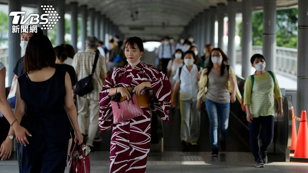(圖/達志影像美聯社) 東京新增3300例創次高紀錄 連3天逾3千例