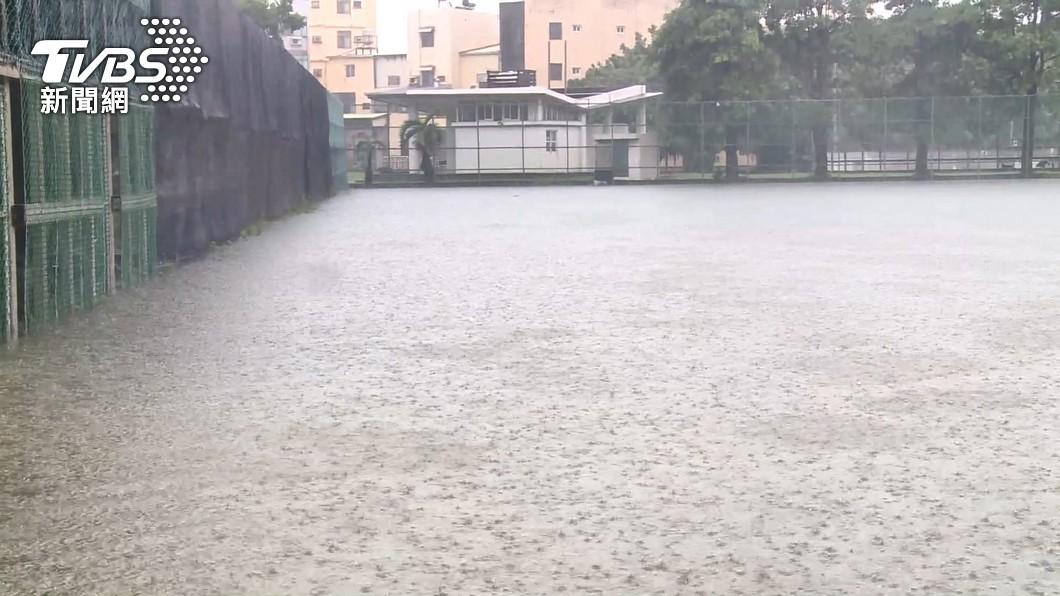 輕颱盧碧逼近台!豪雨襲中南部影響時間出爐