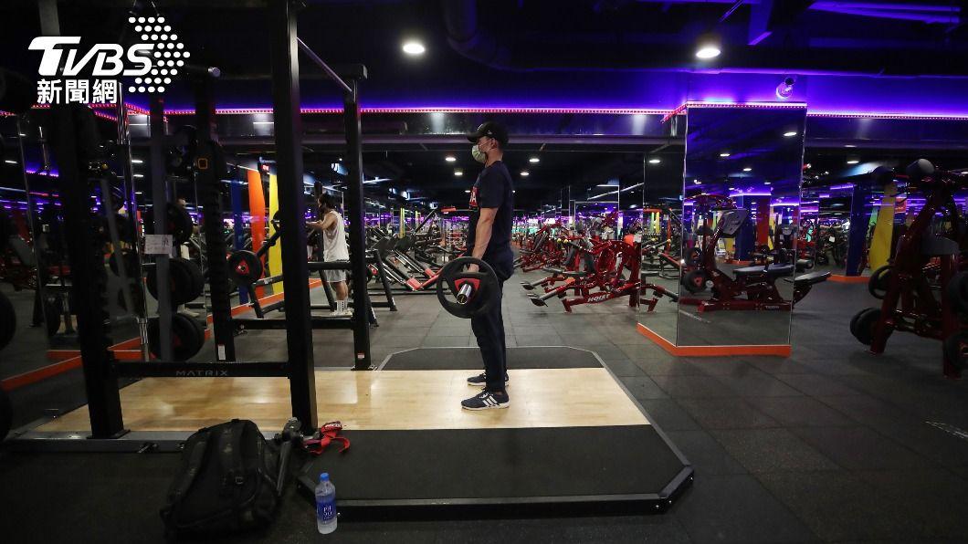 (示意圖,與新聞事件無關。圖/中央社) 確診者曾到過 World Gym大安店停業至8/5