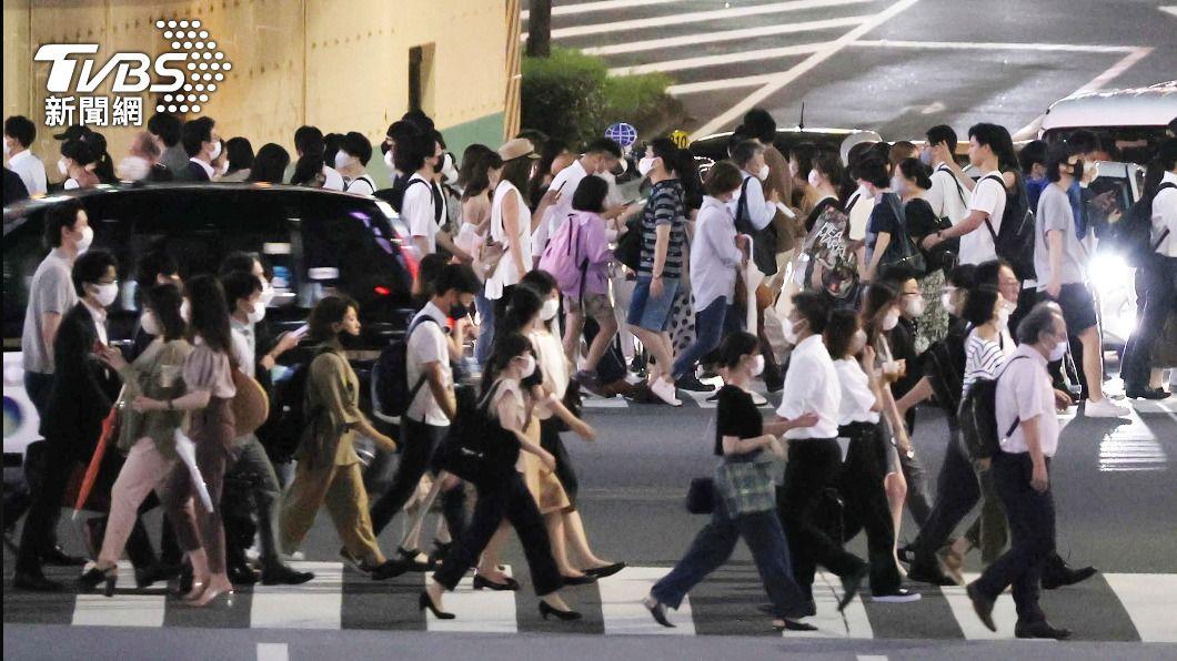 (圖/達志影像美聯社) 日本沖繩縣疫情相當封城等級 籲民眾2週別出門