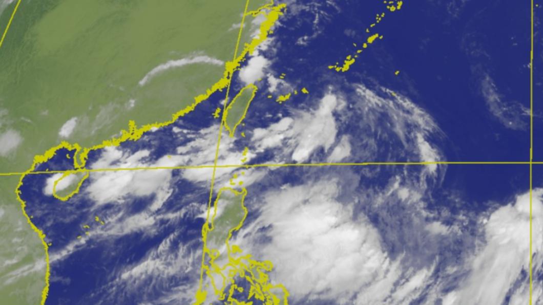 海南島附近有一個熱帶性低氣壓將生成,不排除成為今年第9號颱風「盧碧」。(圖/中央氣象局) 9號颱恐生成!搭西南季風當心致災雨 影響最劇在這2天