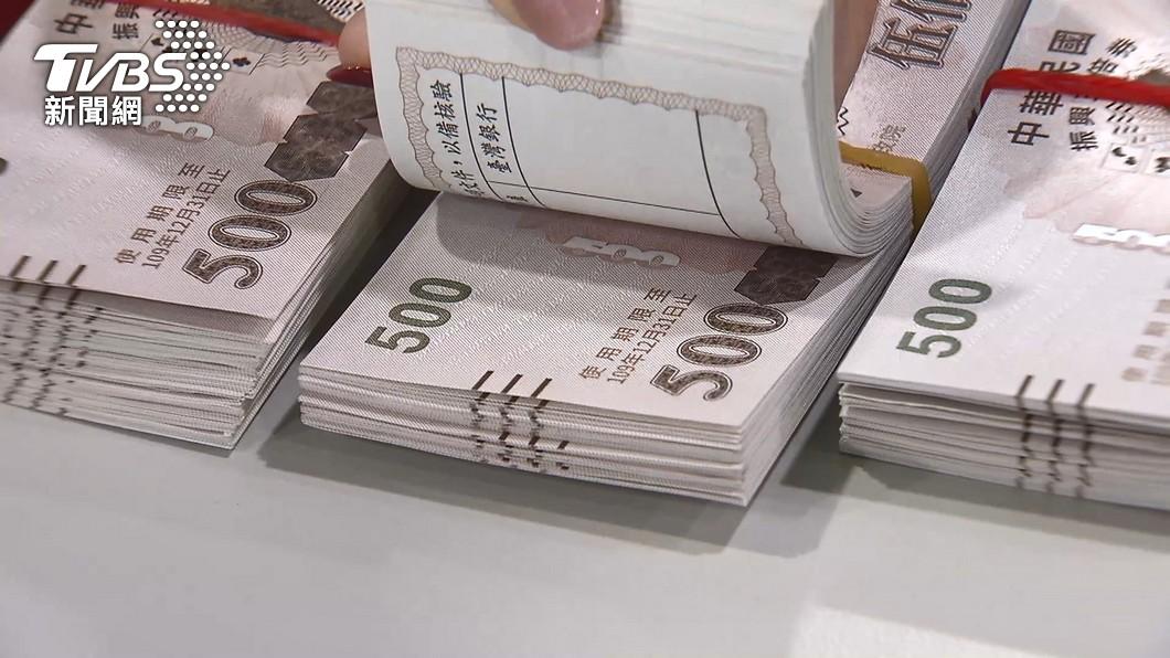 行政院預計發放「振興五倍券」。(圖/TVBS) 振興券、現金差在哪?蔡壁如列表打臉中央:不食人間煙火