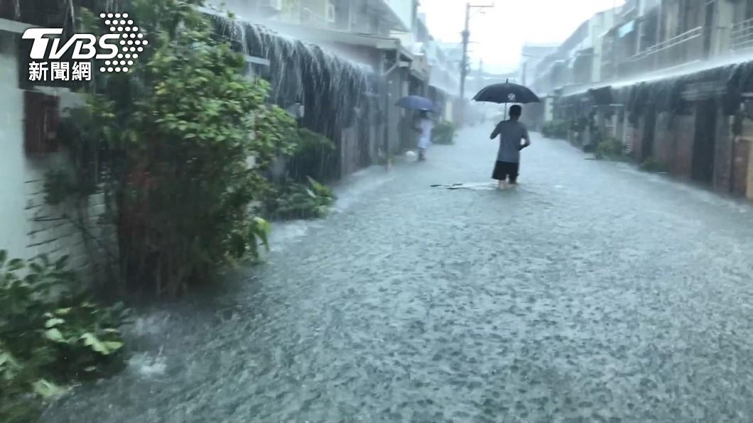 (示意圖/TVBS) 不斷更新/雨量達標! 各縣市8/8停班停課懶人包