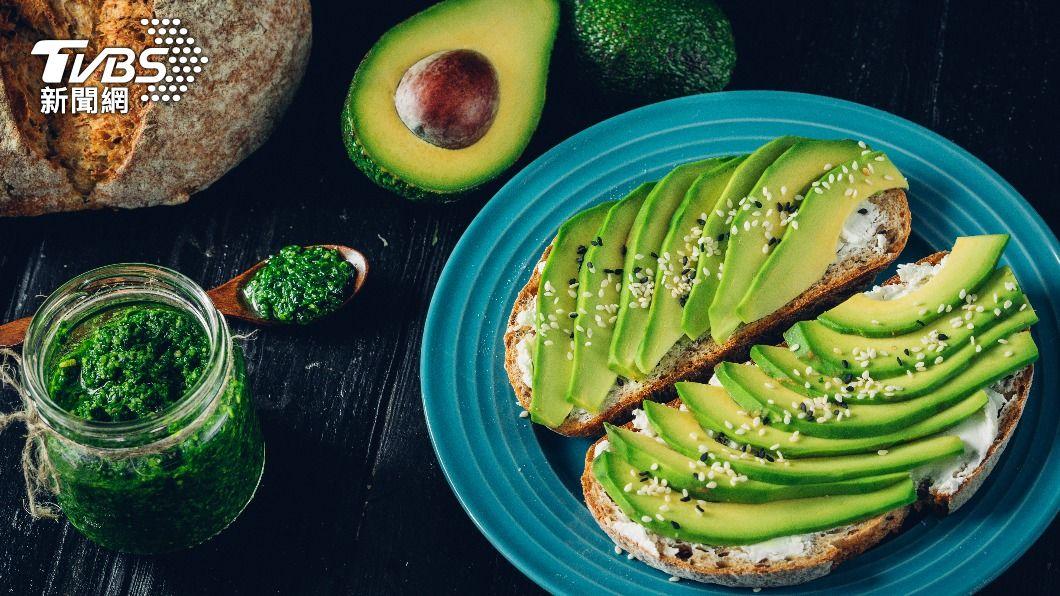 酪梨富含多種營養素。(示意圖/shutterstock達志影像) 吃7天酪梨就能瘦!營養師教「這樣吃」 護眼還能防憂鬱