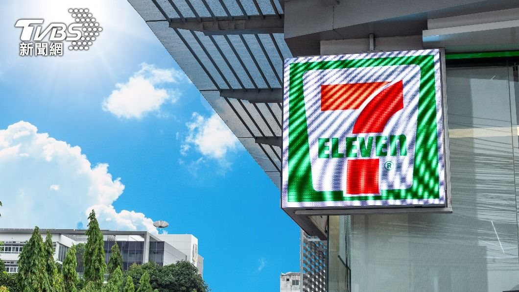 7-ELEVEN是台灣四大便利商店之一。(示意圖/shutterstock達志影像) 全台唯一7-11「付費包廂」!網友:員工到底要多忙