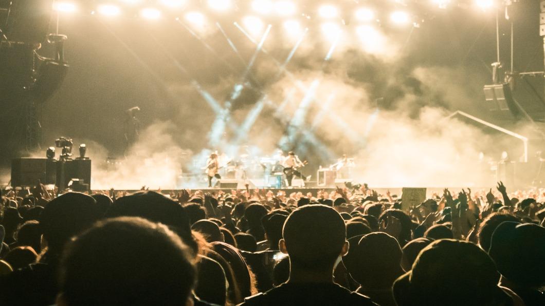 圖/shutterstock 達志影像 3.5萬人狂歡「Fuji Rock」 觀眾發文:我確診了