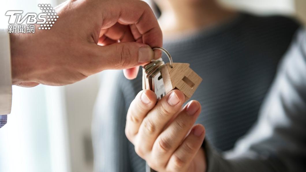 許多人會因求學、工作等因素在外租屋。(示意圖/shutterstock達志影像) 租屋必備家電是什麼? 網激推這2樣:絕對必需