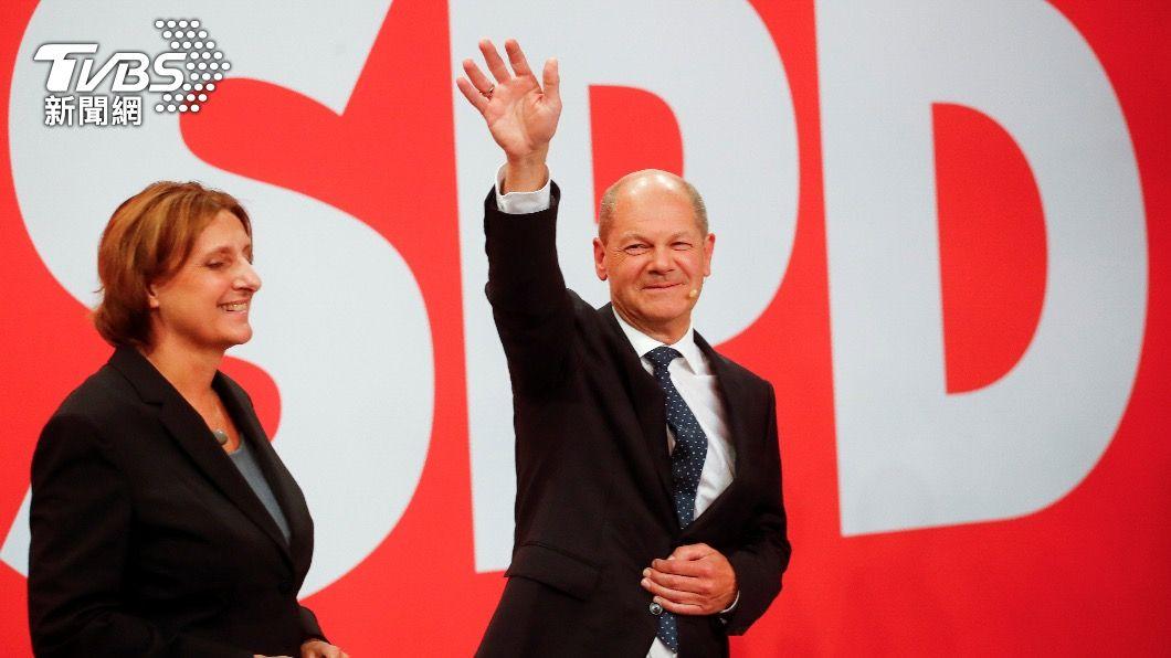 圖中為社民黨總理候選人蕭茲(圖/達志影像美聯社) 德國變天!社民黨擊敗梅克爾領導的政黨 新總理聖誕節前出爐