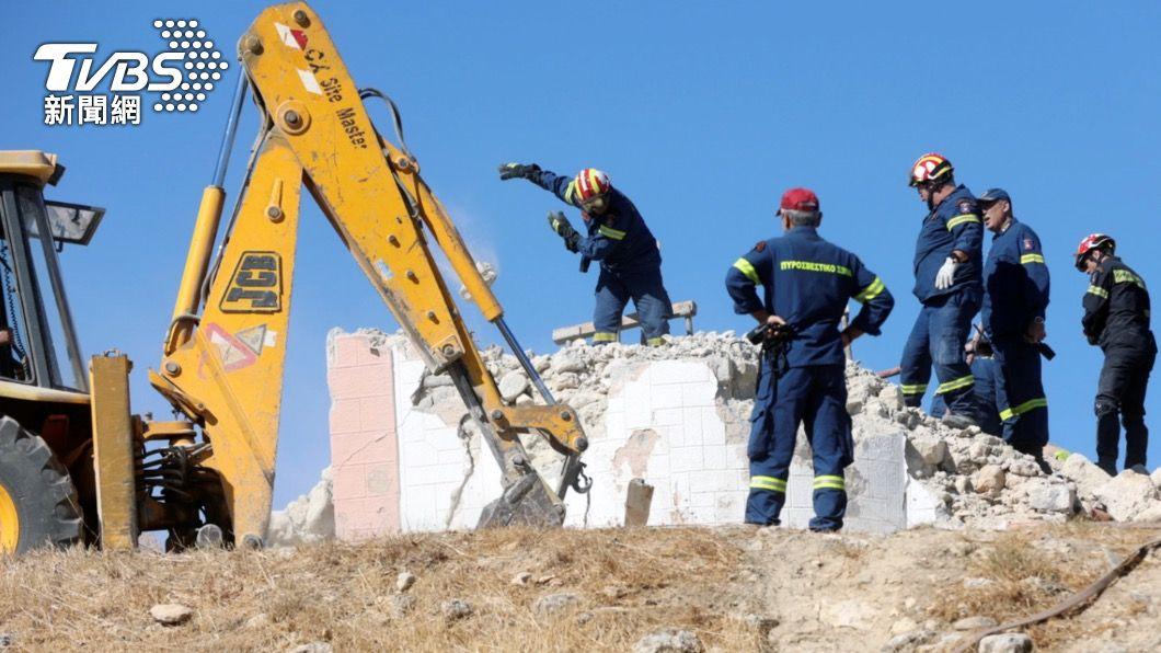 希臘發生規模5.8強震造成1死9傷(圖/達志影像路透社) 希臘最大島克里特規模5.8強震 教堂倒塌釀1死9傷