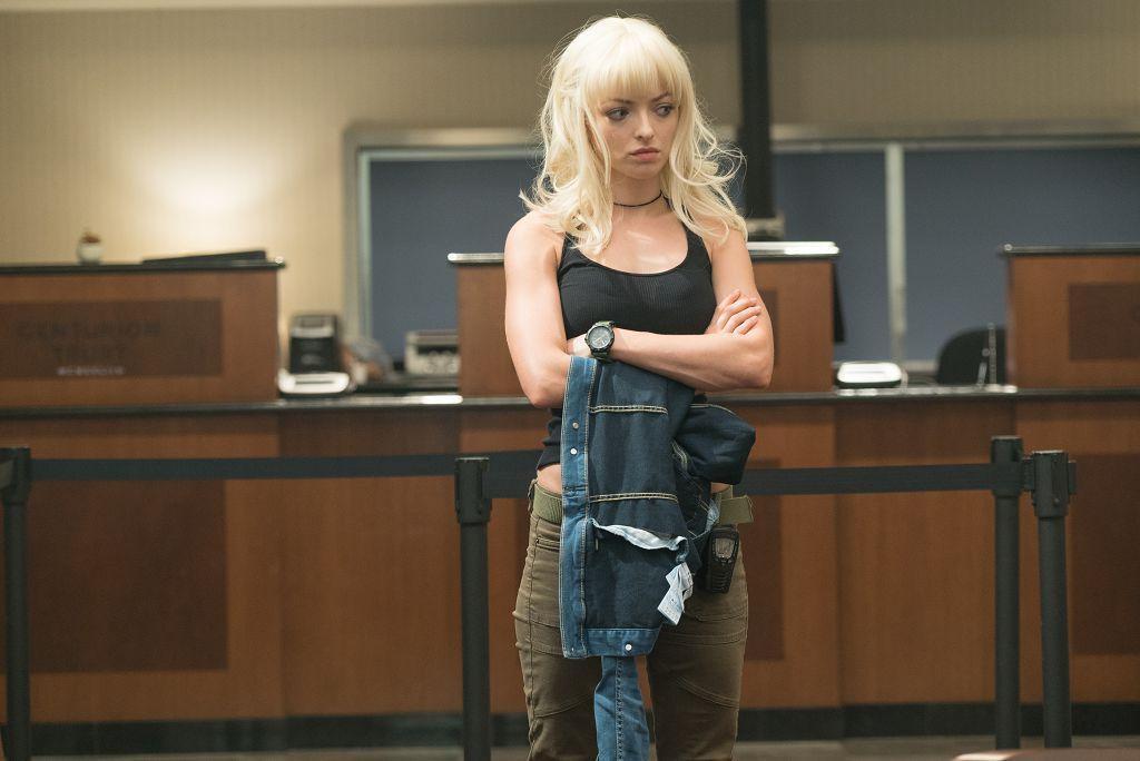 克林伊斯威特的女兒,法蘭西絲卡伊斯威特扮演銀行搶匪。