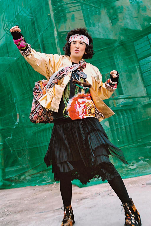 吳君如拍戲很會搞笑,形象親切深受觀眾喜愛。