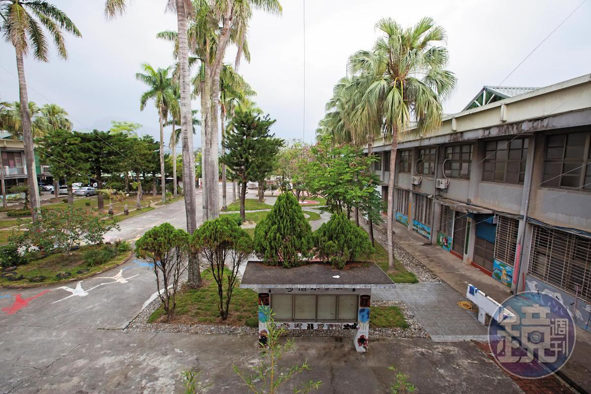 看似平靜的國中校園,卻上演老師槓校長的戰爭,已在東山區鬧得滿城風雨。