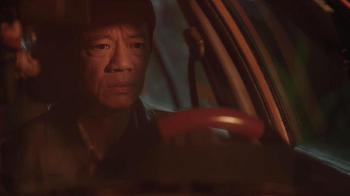 影帝吳朋奉飾演被家庭壓得喘不過氣的中年計程車司機。(公視提供)
