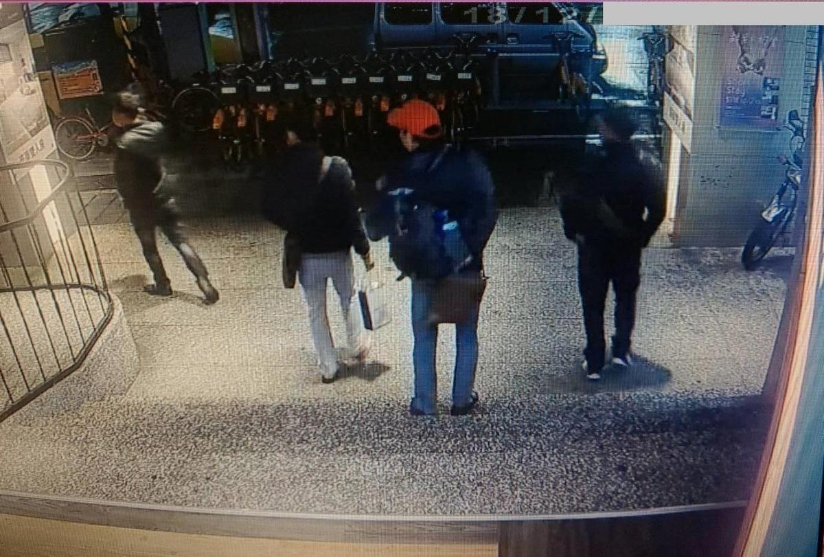 脫團旅客離開飯店後逃逸,目前累計到案人數17人,仍有131人在逃。(移民署提供)