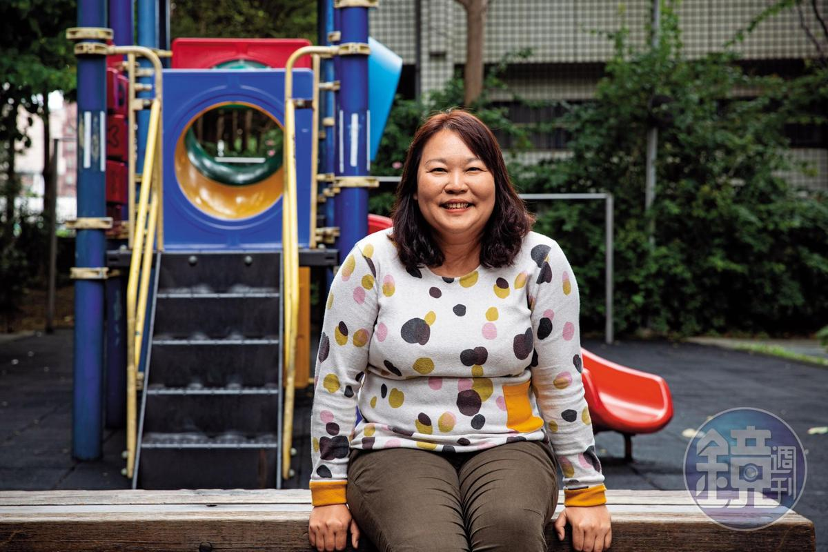 張淑惠說一天到晚耐心回應小朋友問為什麼,但當自己去問公部門:為何要拆公園溜滑梯?為何不能有親子車廂?卻得不到回應,是她參政的契機。