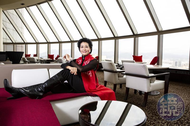 圖/鏡週刊 挺華航反罷工 她霸氣喊:我來飛一毛錢都不要