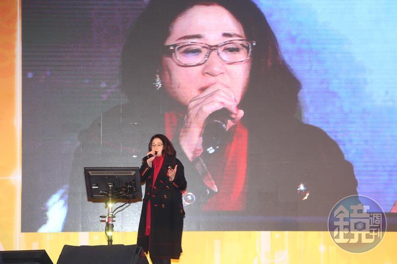 嚴凱泰說她一板一眼 唱歌自比江蕙等級