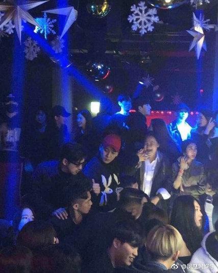 今年一月陳柏霖與友人在韓國的勝利夜店被拍到。(網路圖片)